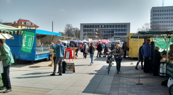 """Jetzt über 250 Unterschriften für Petition / """"Power to change""""-Film am 19.4. in Bielefeld"""