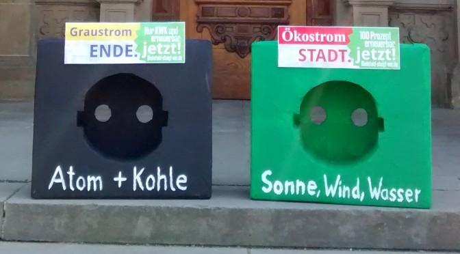 Petition für Ökostrom an Stadt Bielefeld übergeben